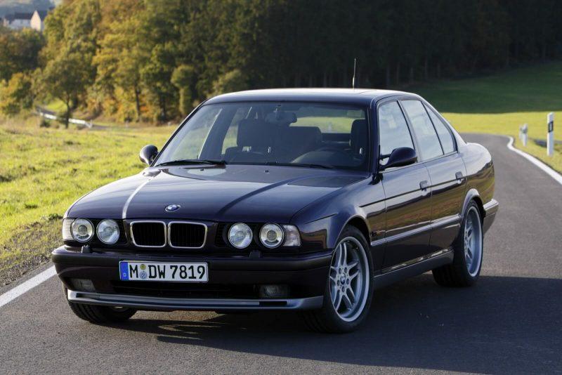 Авто BMW М5 Е34