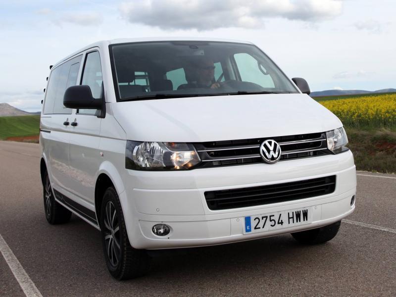 Авто Volkswagen Multivan (T5)