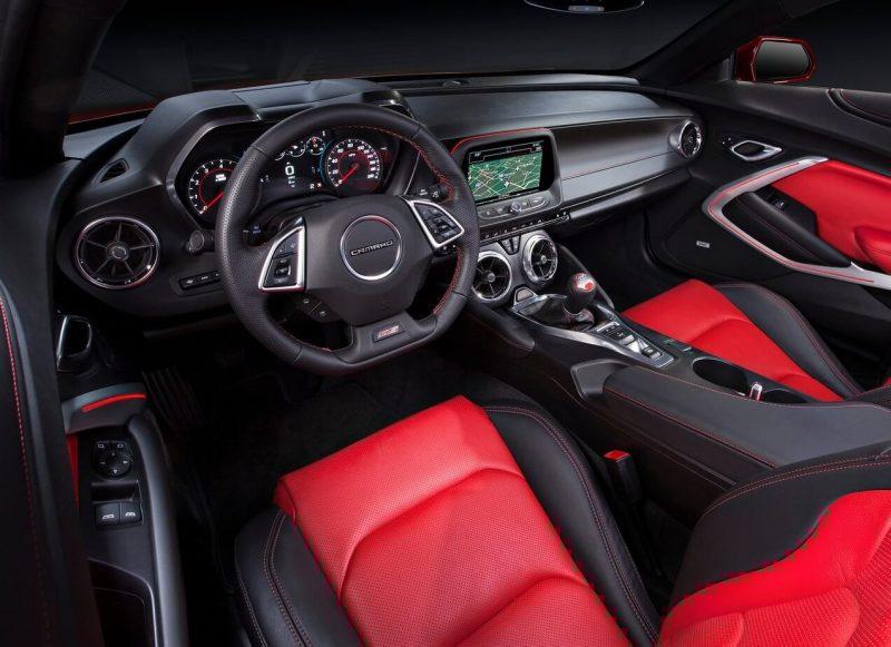 Chevrolet Camaro VI салон