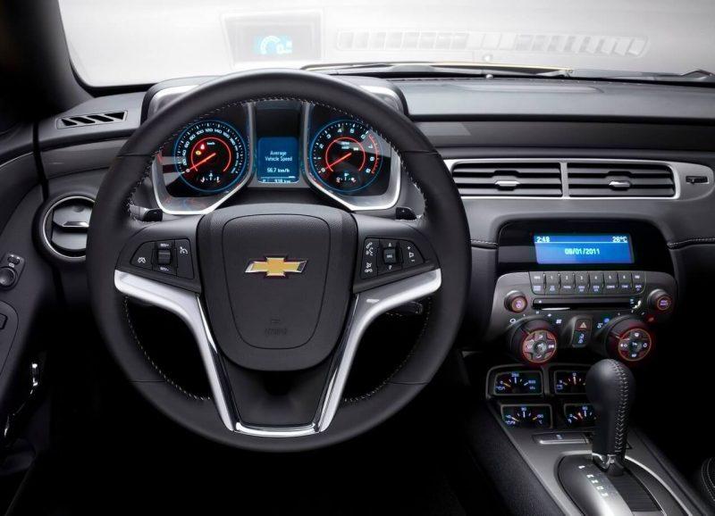 Салон Chevrolet Camaro V