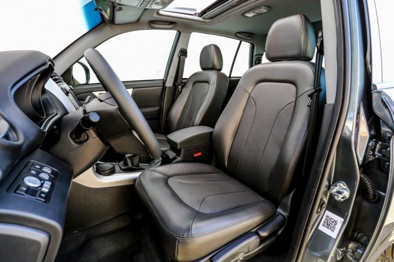Lifan X60 передние сиденья