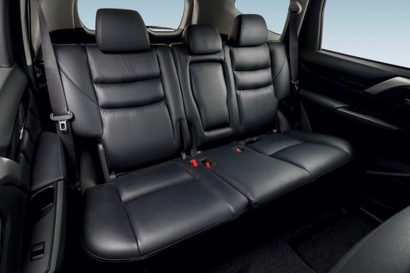 Mitsubishi Pajero Sport задние кресла