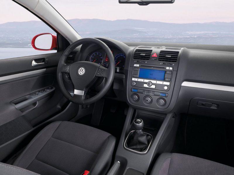 Салон Volkswagen Golf 5