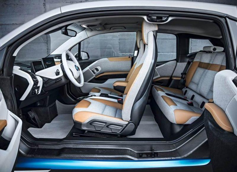 Фото салона BMW i3