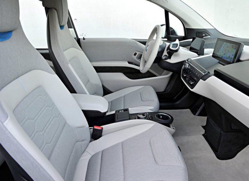 Передние кресла BMW i3