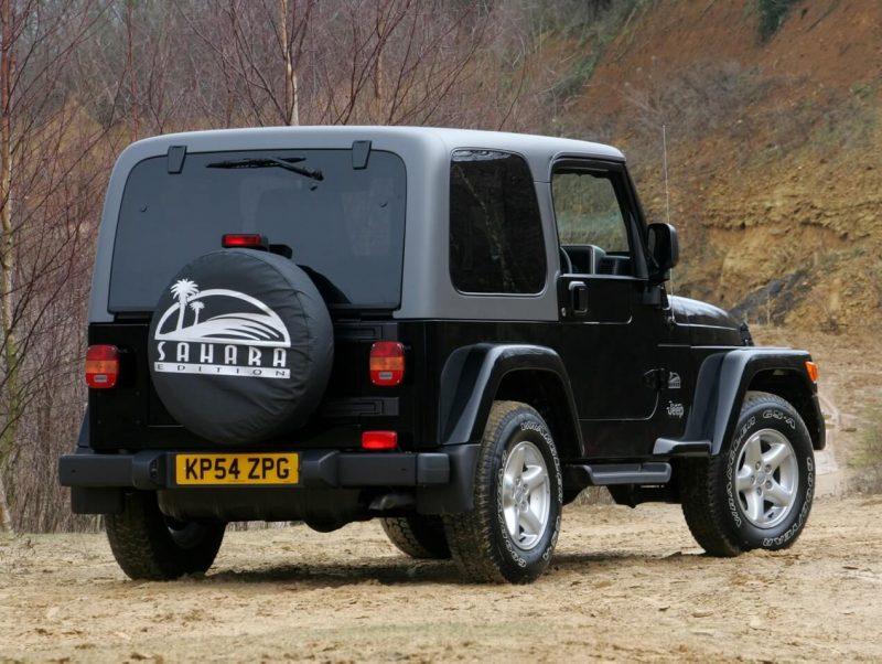 Вид сзади Jeep Wrangler (TJ)