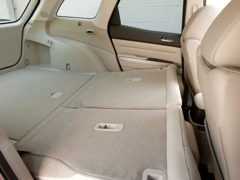 Сложеный задний диван Mazda CX-7