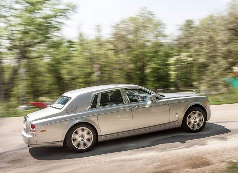 Авто Rolls-Royce Phantom 2012
