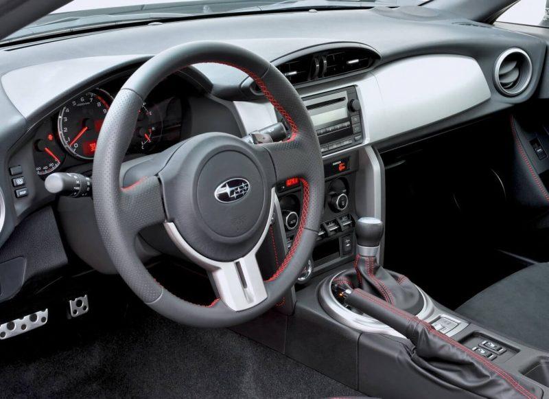 Руль Subaru BRZ