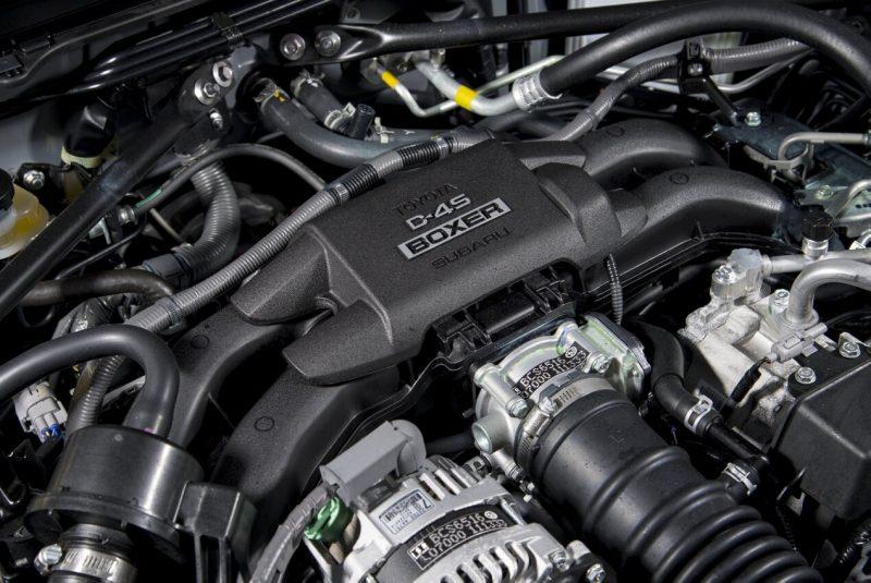 Subaru BRZ двигатель