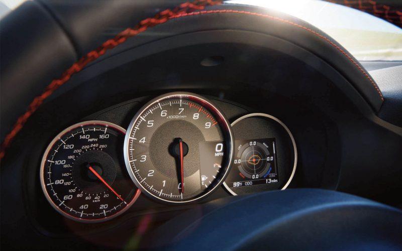 Приборная панель Subaru BRZ