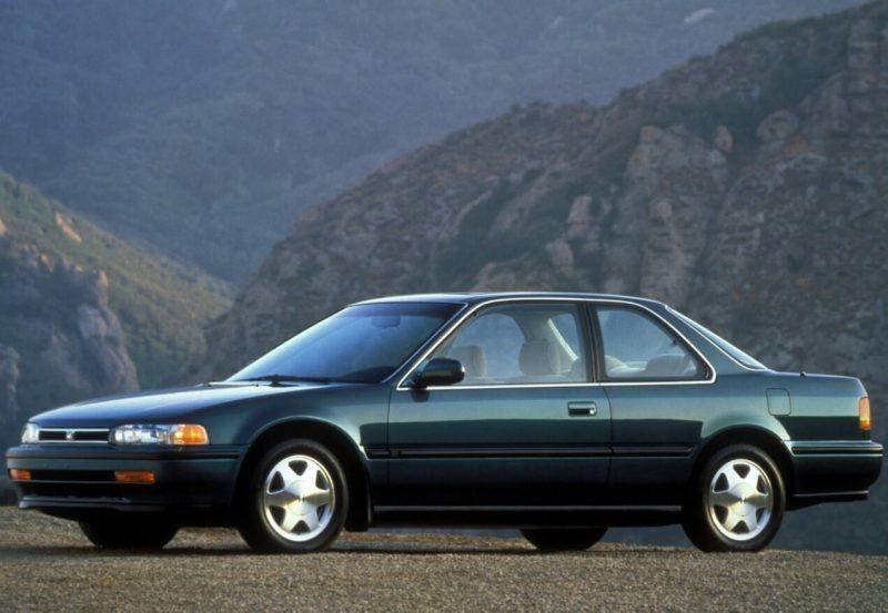 Авто Honda Accord Coupe IV