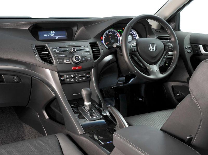 Фото салона Honda Accord VIII