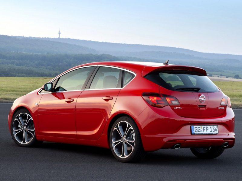 Авто Opel Astra J