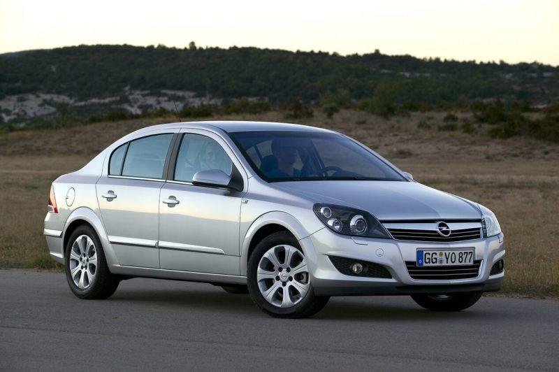 Седан Opel Astra 3