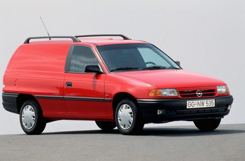 Opel Astra 3-дверный универсал