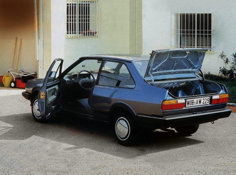 Седан Volkswagen Polo II