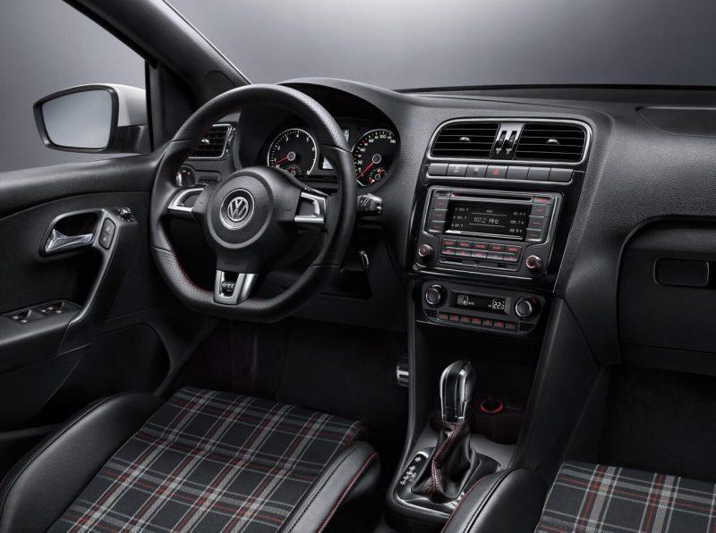 Салон Volkswagen Polo V