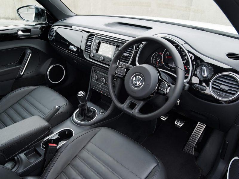 Салон Volkswagen Beetle 3