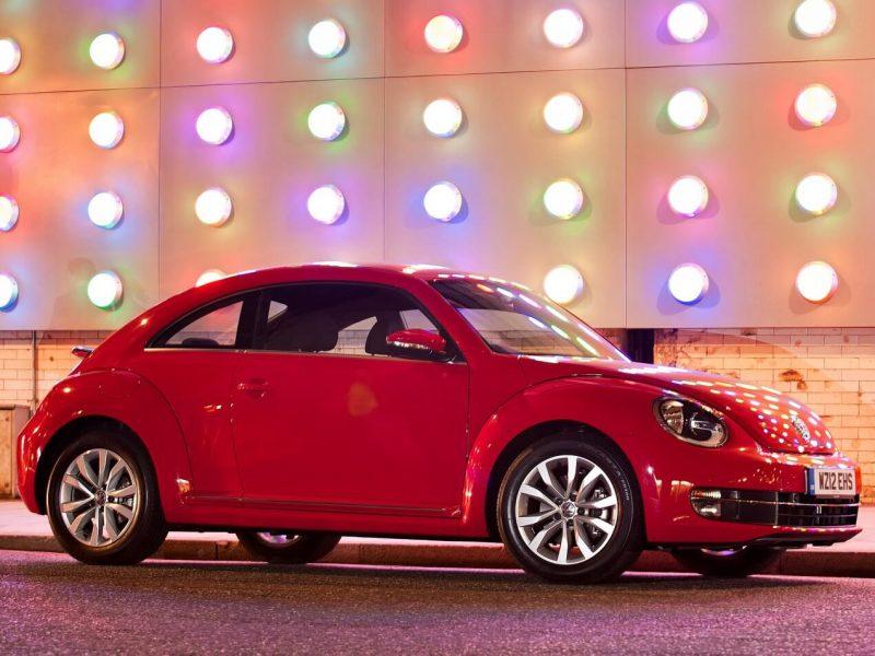VW Beetle III вид сбоку