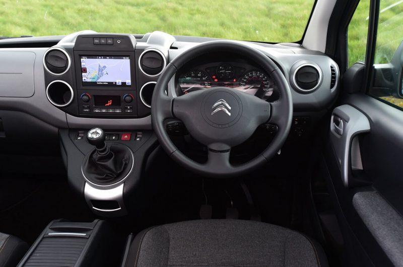Салон Citroën Berlingo Multispace XTR