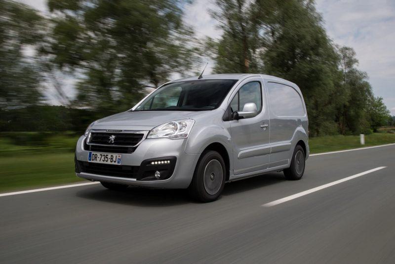 Фото Peugeot Partner Van