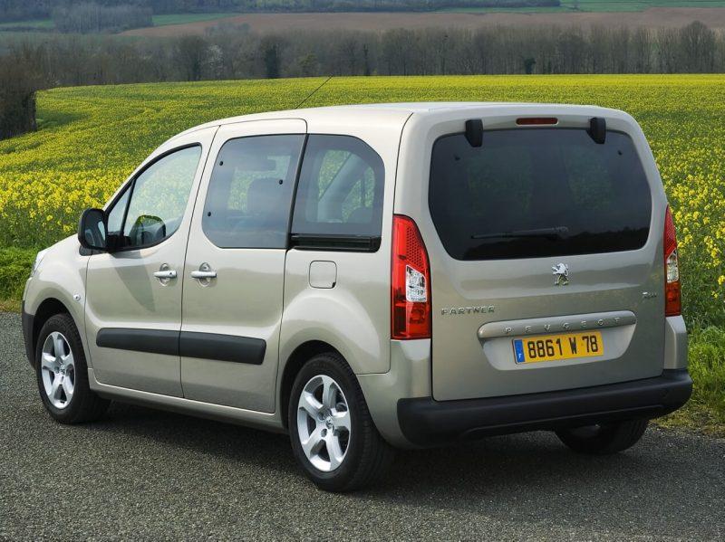 Автомобиль Peugeot Partner II поколения