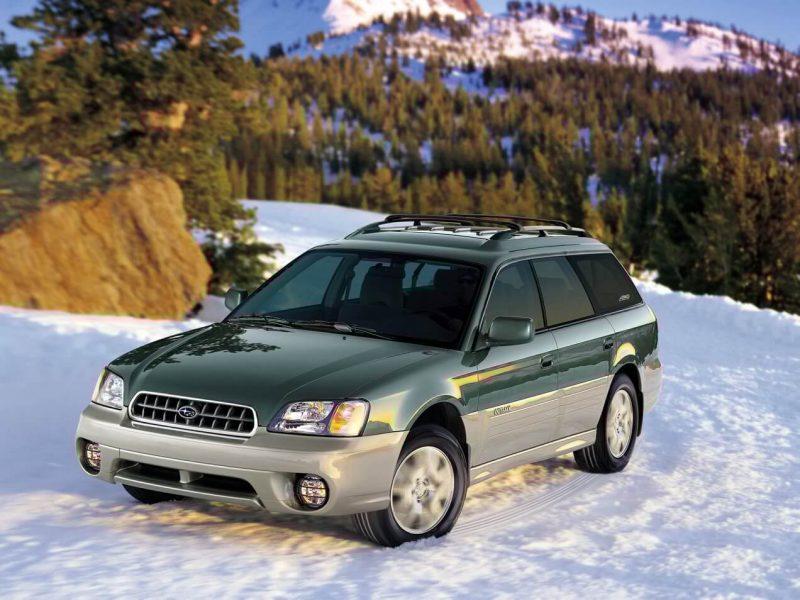 Subaru Outback 2 вид спереди