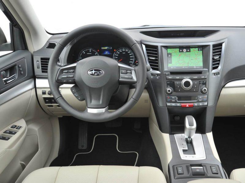 Subaru Outback IV интерьер