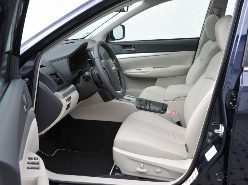 Салон Subaru Outback IV