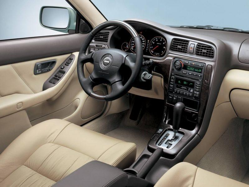 Салон Subaru Outback 2