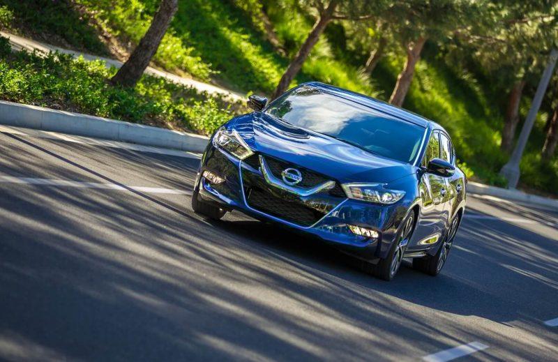 Фото Nissan Maxima