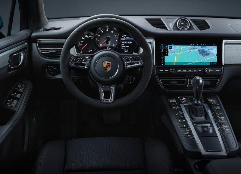 Салон Porsche Macan